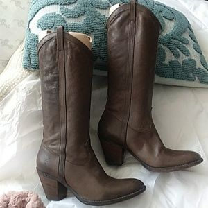 Frye Taylor Boots Pull-on Mid-calf Western 9